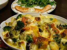 はんぺんと野菜のジェノベ風チーズ焼き