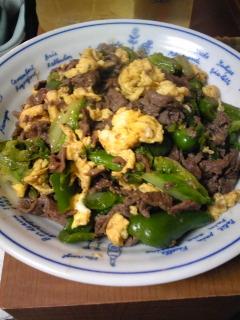 牛肉とキャベツの彩り炒め