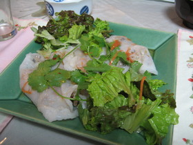 ベトナム蒸し春巻き(Banh Cuon)