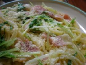 失敗なし☆水菜とベーコンのカルボナーラ