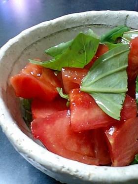 トマトとバジルのバルサミコ和え