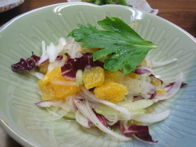 玉ねぎとオレンジのサラダ