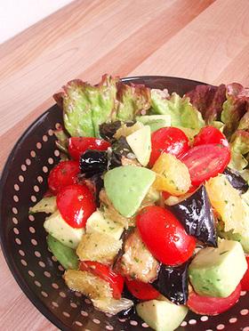 甘夏とアボカドとトマトのさっぱりサラダ