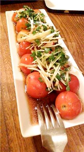 トマトとかわいれ大根のサラダ