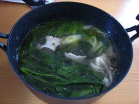 圧力鍋でゆでた豚汁利用の鍋