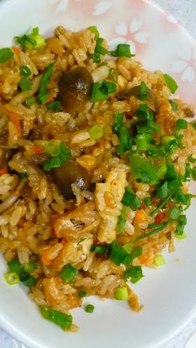 めっちゃ簡単!麻婆豆腐の素で炊き込みご飯