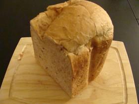 HBでライ麦くるみパン
