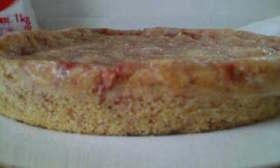苺バナナで簡単ケーキ炊飯器でポン!!