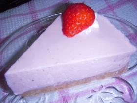 18㎝丸型・ストロベリーレアチーズケーキ