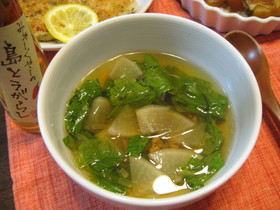 辛っ!しゃきしゃきレタスと大根のスープ