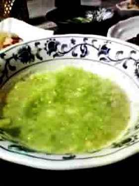 スナップえんどうとジャガイモのスープ