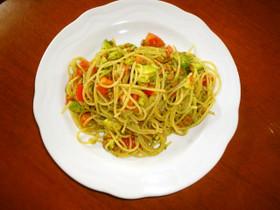 納豆・トマト・アボカドの和風スパゲティ