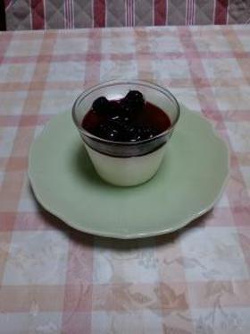 レアチーズケーキ(ブルーベリーソース)