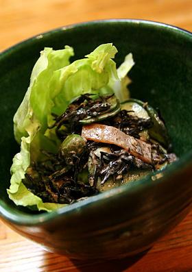 ひじきの煮物活用!簡単サラダ