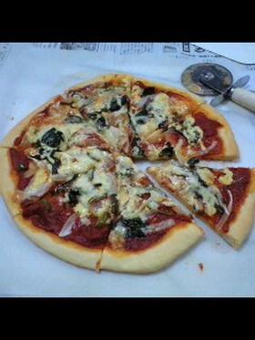 簡単手作りピザ。