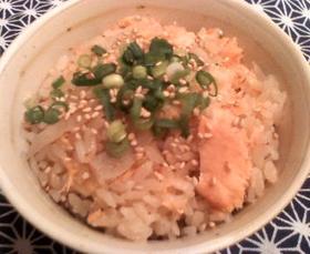 楽チン(´Д`)鮭の炊き込みご飯