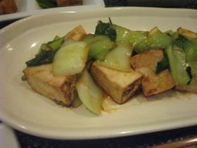 簡単☆青梗菜と豆腐のバターオイスター炒め
