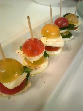 トマトとバジルでカプレーゼ
