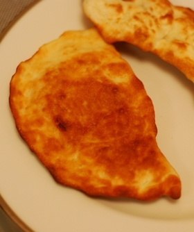 簡単インドのパシュワリ(ココナッツ)ナン