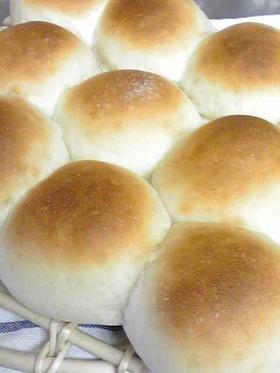 めっちゃふわふわしっとりな丸パン