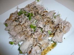 豚しゃぶの香味野菜サラダ巻き
