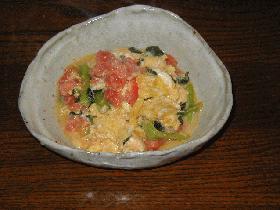 ♪シンプルな味付けで♪トマトと小松菜の卵炒め♪