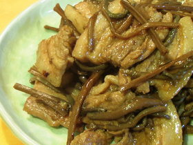 ゼンマイと豚肉の炒め煮