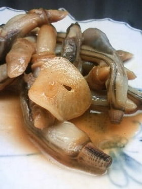 マテ貝のにんにく醤油バター炒め