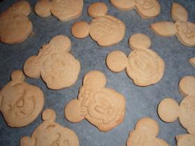 赤ちゃんも食べられるノンオイルクッキー
