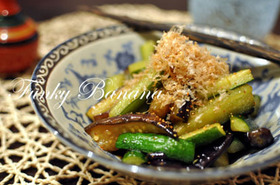 お手軽夏野菜料理!きゅうりとナスの夏炒め