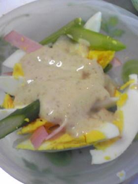 アスパラと卵のマヨゴマサラダ☆