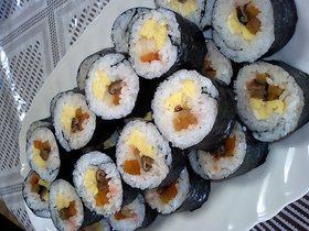 ばぁばの巻き寿司♡