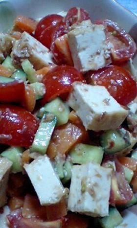 厚揚げとコロコロ野菜のサラダ♪