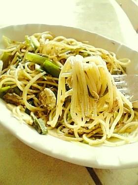 鯖と葱のカレー風味のスパゲティ
