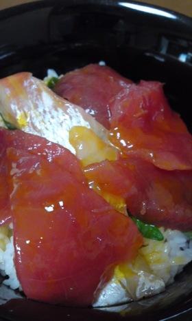残ったお刺身で海鮮丼