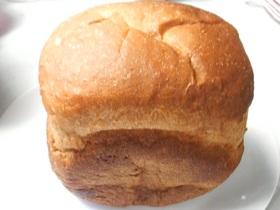 HBでふんわり甘い全粒粉食パン