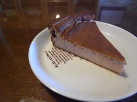 (・v・)いちごのベイクドチーズケーキ