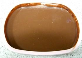 プレーン味のチョコレートソース