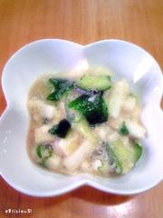 たたき胡瓜と長芋の梅しそポン酢和えの写真