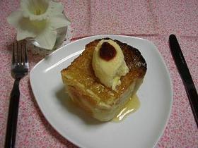 ハチミツトーストアイス添え☆彡