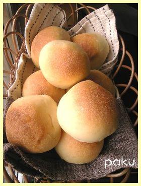 生クリーム丸パン(自家製酵母)