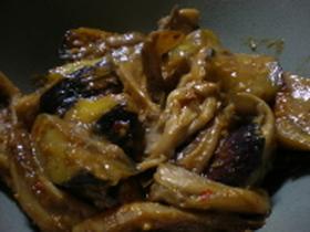 ナスと舞茸の味噌炒め
