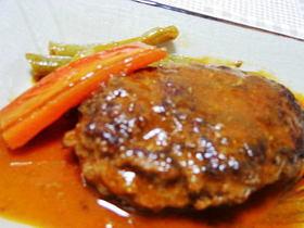 豚ミンチで簡単煮込みハンバーグ