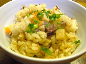 八角のい〜ぃ香り♫中華風炊き込みご飯