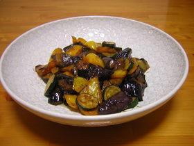 甜椒茄子(パプリカとなすの炒め)