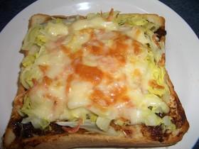 キャベツのチーズトースト