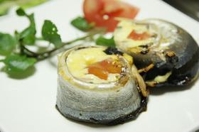 さんまの開きのチーズ&トマトロール