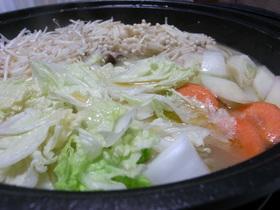 濃厚スープが自慢♡我が家の鶏豚鍋