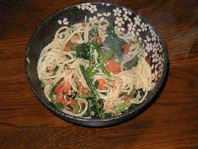 ♪カルシウムを強化♪ほうれん草とトマトのスパゲッティ-