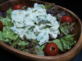 カニとアボカドのサラダ